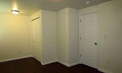 Bedroom, 15124 S Battle Drive, 2