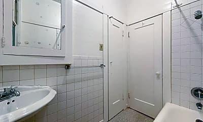Bathroom, 971 Pacific Ave, 2