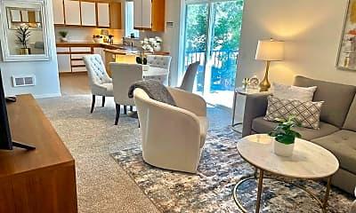 Living Room, 1550 NW Milwaukee Ave, 1
