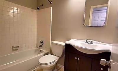 Bathroom, 252 Quail Run, 2