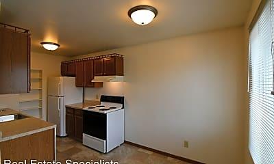 Kitchen, 1110 Hillside Dr, 1