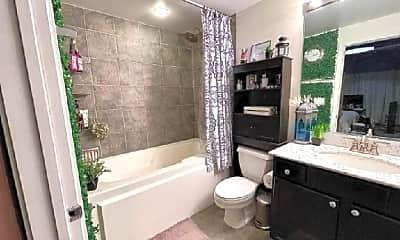 Bathroom, 1069 W 14th Pl, 1