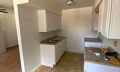 Kitchen, 711 Easy St, 2