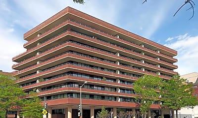 2555 Pennsylvania Avenue NW 201, 0