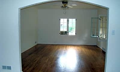 Living Room, 645 S Whitcomb St, 1