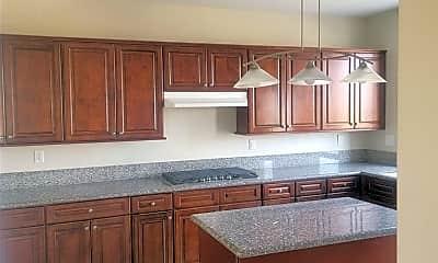 Kitchen, 33696 Bridgehampton Dr, 1