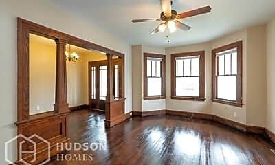 Bedroom, 4 Holmes Ct, 1
