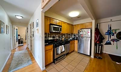 Kitchen, 22-14 Astoria Blvd, 2
