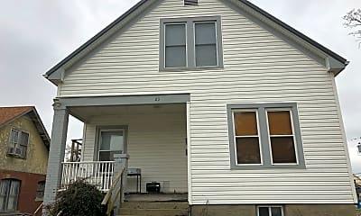 Building, 23 S Benton St, 1