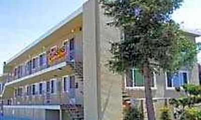 Stoakes/Alto Apartments, 0