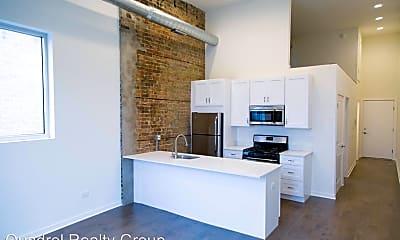 Kitchen, 1532 W Chicago Ave, 1