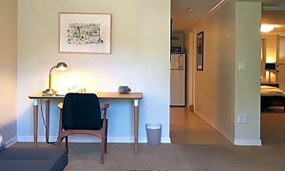 Living Room, 720 Elizabeth St, 1