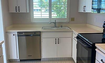 Kitchen, 329 Pythian Rd, 1