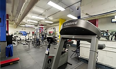 Fitness Weight Room, 70-25 Yellowstone Blvd 22N, 2