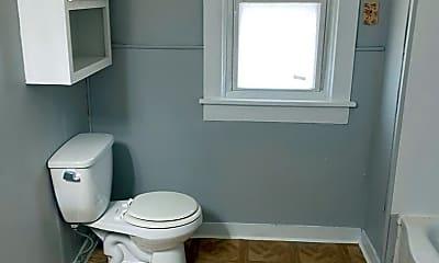 Bathroom, 3309 Hoagland Ave, 2
