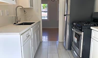 Kitchen, 864 York St, 1
