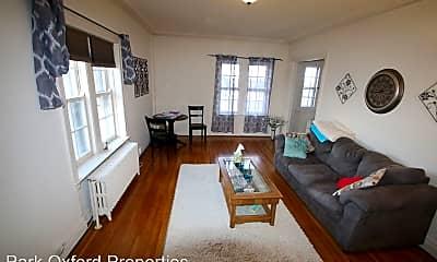 Living Room, 267 Oxford St, 2