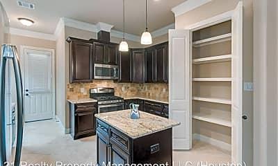 Kitchen, 11002 Upland Forest Dr, 1