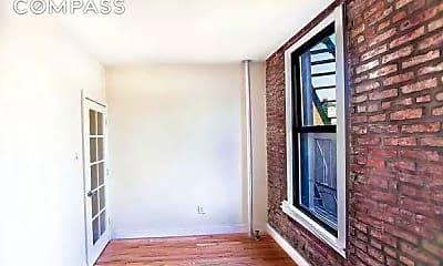 Patio / Deck, 127 E 102nd St 22, 1