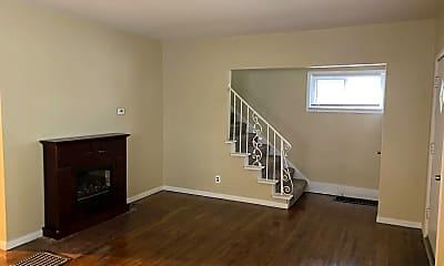Living Room, 513 Geneva Ave, 1
