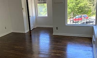 Living Room, 1618 Blaine Ave, 1