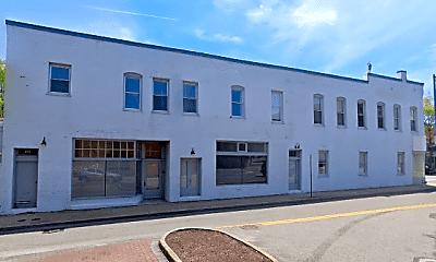 Building, 100 N Saratoga St, 0