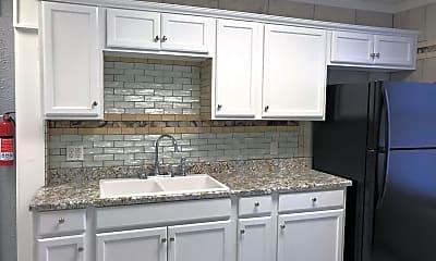 Kitchen, 1044 Dalzell St, 1