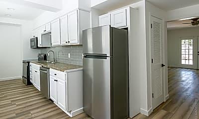 Kitchen, 545 Oakview Rd, 0