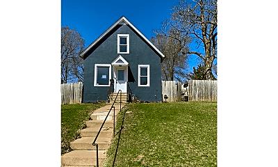 Building, 1709 3rd St E, 0