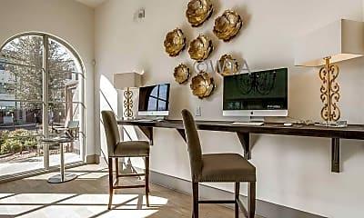 Dining Room, 6419 N Vandiver, 2