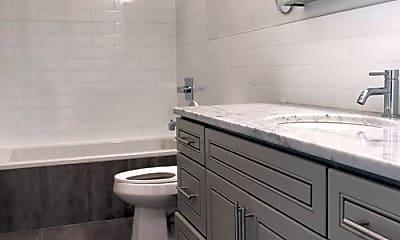 Bathroom, 473 E 35th St, 2