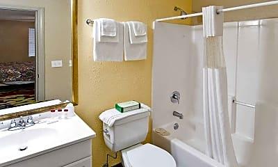 Bathroom, Northwest Airport Inn, 2