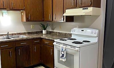 Kitchen, 519 3rd St SW, 0