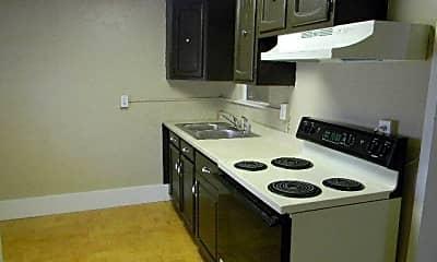Kitchen, 2102 Jefferson Ave, 2