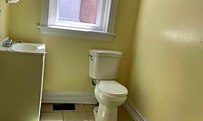 Bathroom, 2236 N 4th St, 2