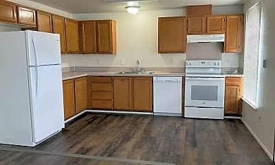 Kitchen, 311 SW William Ave, 1