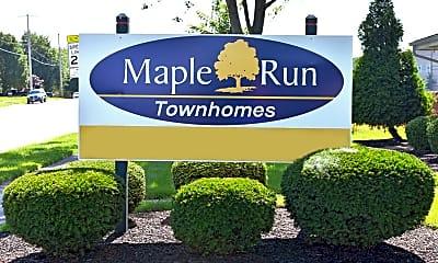 Community Signage, Maple Run Apartments, 0