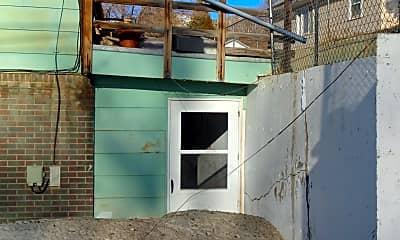 Building, 917 Alder St, 2