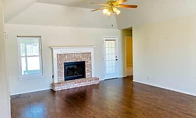 Living Room, 9213 E 90th St, 1