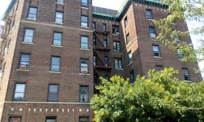 1119 Foster Avenue Apartments, 2