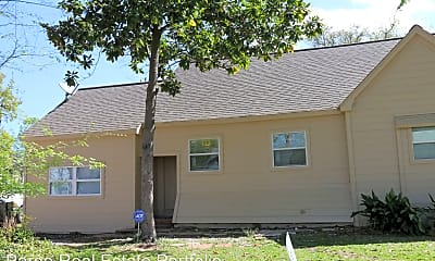 Building, 916 N Gaillard St, 1