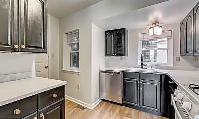 Kitchen, 1205 Gough St, 0