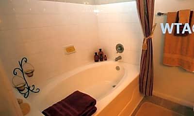 Bathroom, 215 North Loop 1604E, 2