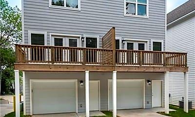 Building, 1518 N Gregg Ave 1518, 1