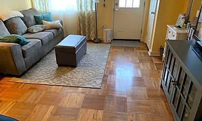 Living Room, 3515 Dixon Ave, 1