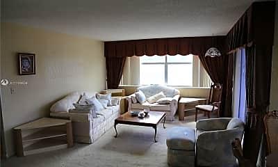 Living Room, 1300 NE Miami Gardens Dr 313E, 1