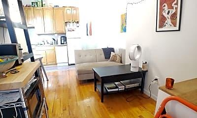 Living Room, 368 W 127th St 18, 1
