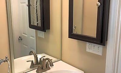 Bathroom, 1309 S Madison St, 2