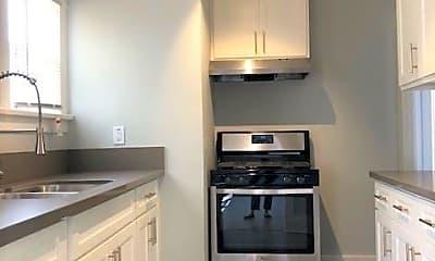 Kitchen, 1208 E Broadway, 1