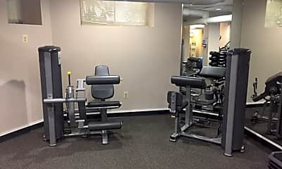 Fitness Weight Room, 2700 Connecticut Avenue, NW, 2